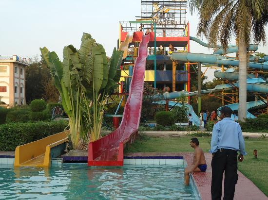 Water Park in Indore Water Park Indore Rate