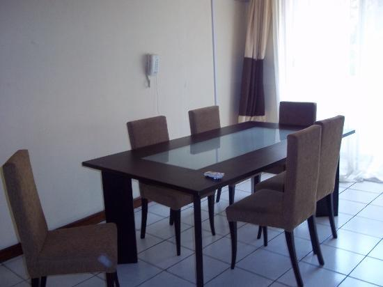 Amara Suites: Dining Room
