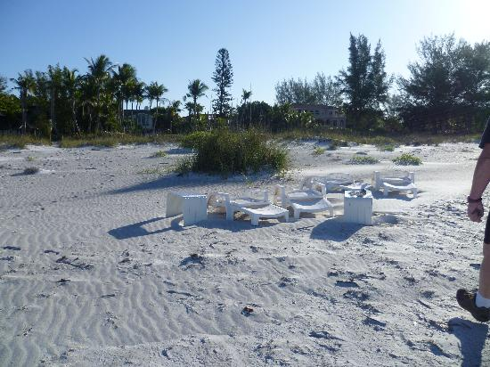 Silver Sands Gulf Beach Resort: Beached!