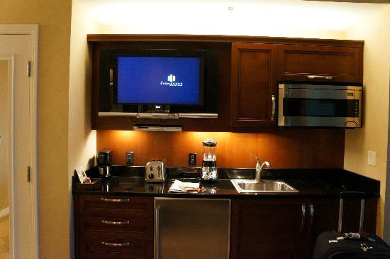 kitchen and tv set - Picture of Signature at MGM Grand, Las Vegas ...