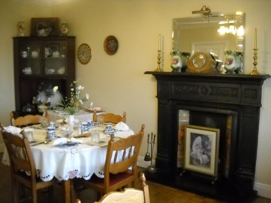 Sea Haven B&amp;B: Dining room