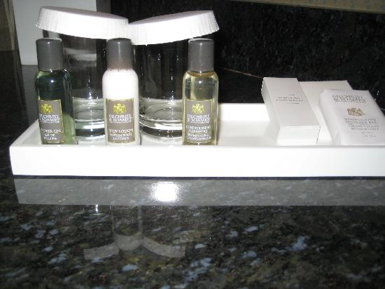 Riverwind Hotel: Gilcrist & Soames toiletries