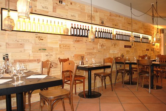 wine bar barrique zurich old town restaurant reviews phone number photos tripadvisor. Black Bedroom Furniture Sets. Home Design Ideas