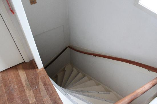 Kuwadro Bed & Breakfast: The stairs