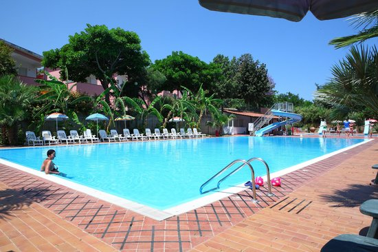 Camping Villaggio Calanovella