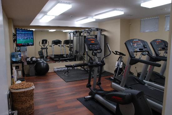 124 on Queen Hotel and Spa: 24 hour Fitness Center