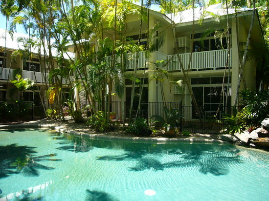 ‪Port Douglas Retreat‬
