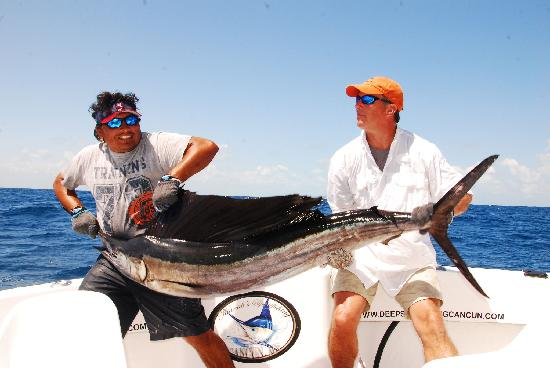 Sailfish jump deep sea fishing cancun picture of cancun for Deep sea fishing mexico