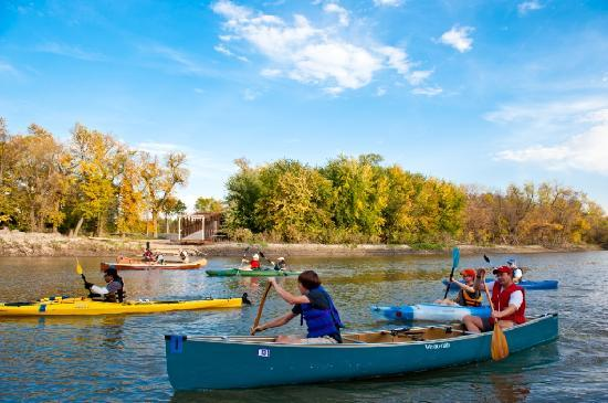 Fargo, ND: Kayaking the Red River