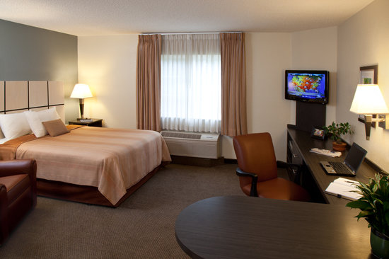 Candlewood Suites - Arlington: Studio Queen Suite