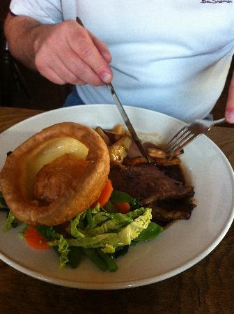 Sutton on the Forest, UK: Roast Beef