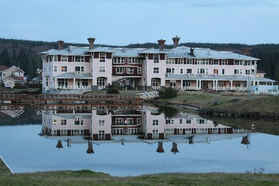 Our pet otter picture of the resort at port ludlow port ludlow tripadvisor for Ludlow hotels with swimming pool