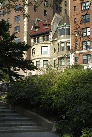 Wyman House: As viewed from Riverside Park