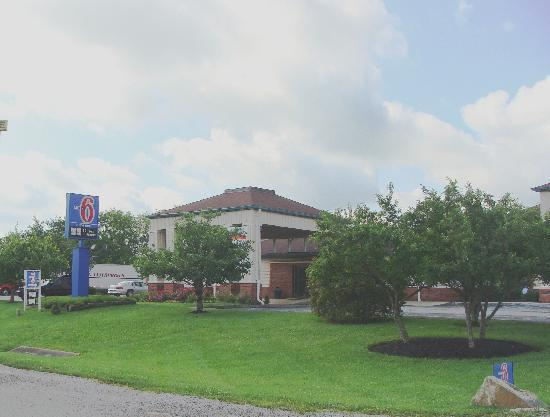 Photo of Motel 6 Lexington North - Georgetown
