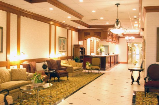 The Grand Hotel: The lobby