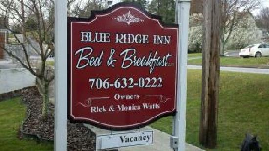 Blue Ridge Inn Bed & Breakfast: Look for our sign across from City Hall
