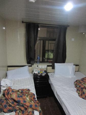 Nagaland Guest House: Triple Bedroom