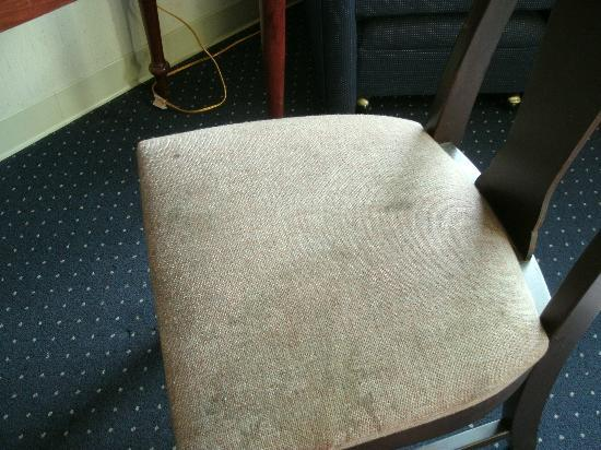 Days Inn Corning : Disgusting chair 