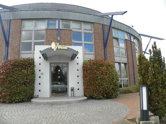 Lehrte Germany  City new picture : ... Kongesshotel, Lehrte Picture of Median Hotel, Lehrte TripAdvisor