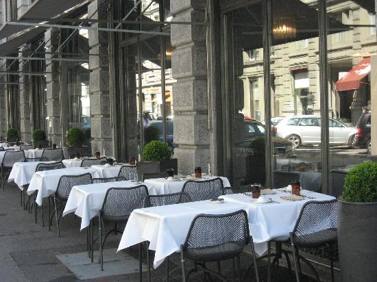 Restaurant picture of metropol zurich tripadvisor for Terrace zurich