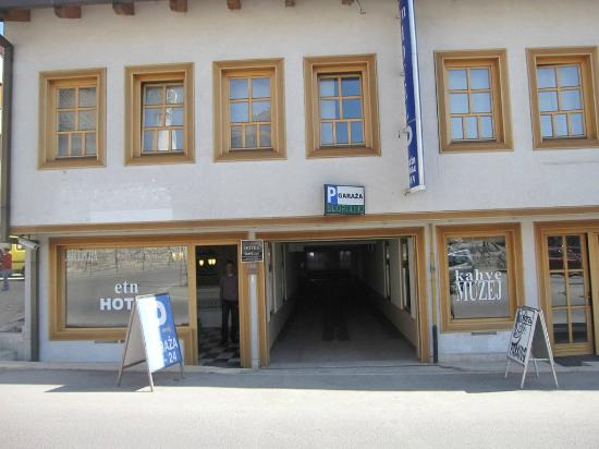 Hotel Entrance Picture Of Etn Hotel Sarajevo Tripadvisor