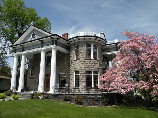 Photo of Rosedell Bed & Breakfast Yakima