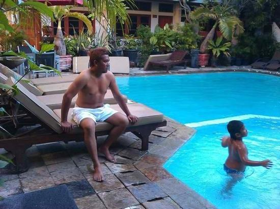 Rosani Hotel: Pool Area
