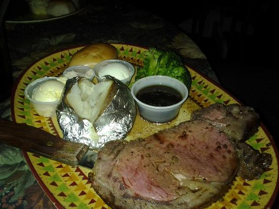 Country Lane RV Resort: Prime rib