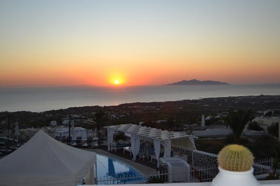 Photo of Dream Island Hotel Fira