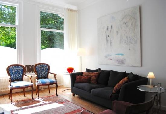 Amsterdam B&B Park9: lounge room for guests