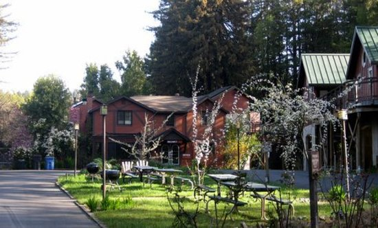 Photo of Creekside Inn & Resort Guerneville