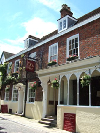 Photo of The Old Vine Winchester