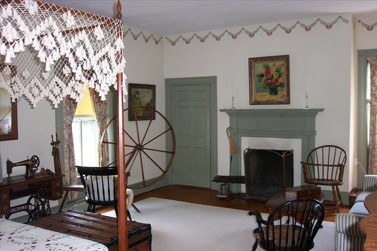 The Inn at Mitchell House: The Mitchell Room
