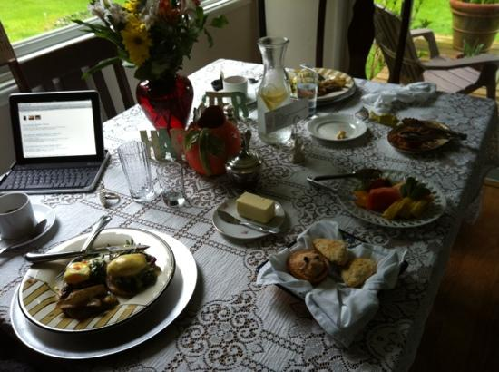 Cape Lookout Bed n Breakfast: An excellent breakfast!
