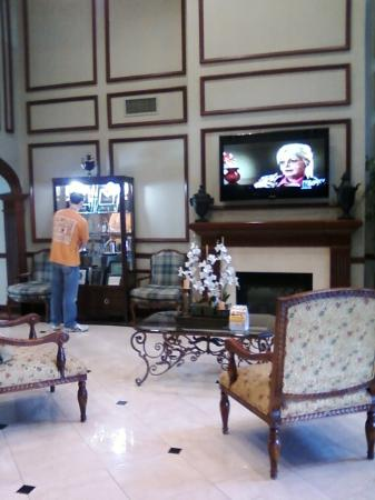 Comfort Suites : Lobby. 