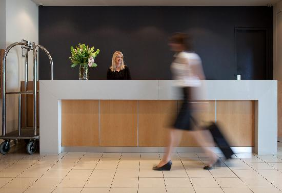 Mercure North Melbourne: Reception