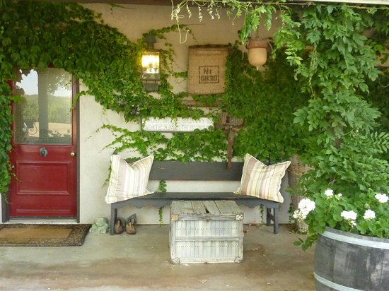 Orchard Hill Farm Bed & Breakfast: Entry