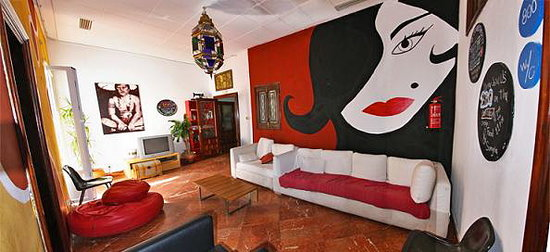 Sevilla Inn Backpackers : common areas 