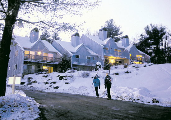 Mountainside Resort At Stowe: Early Spring Snow