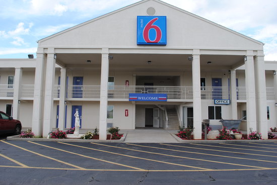 Motel 6 Martinsburg: Hotel Exterior