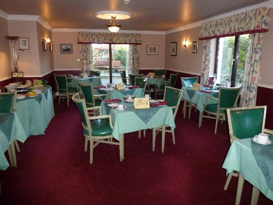 Rusheen Lodge: Breakfast room