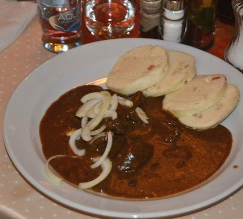 Hotel U Tri Korunek (Three Crowns): goulash