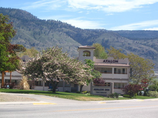 Avalon Inn