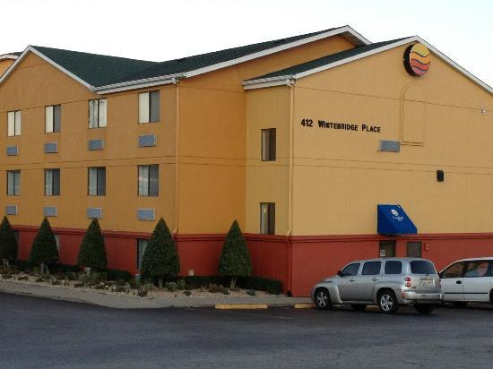 Comfort Inn Nashville/White Bridge: the hotel