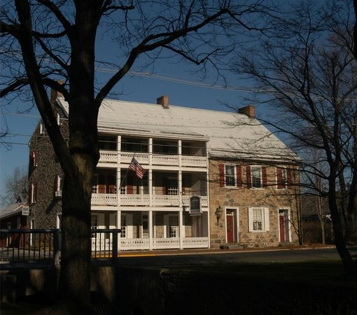 ‪The Historic Fairfield Inn 1757‬