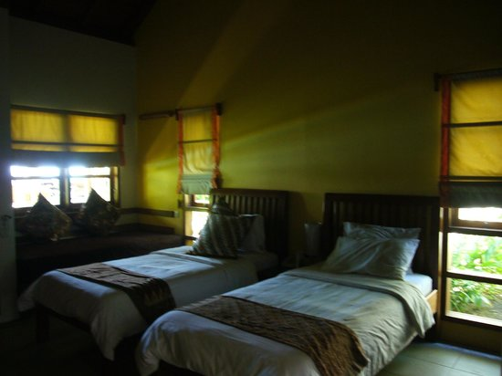 Cocotinos Manado: One of the room.  This is Bed room of Room 1