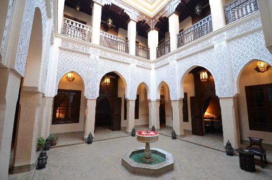Riad Kniza: The Kniza central courtyard