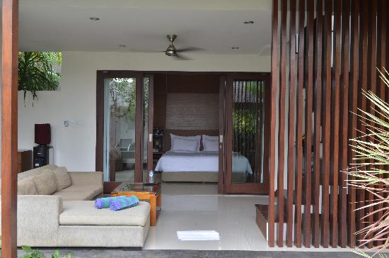 Grania Bali Villas: the bedroom & family room