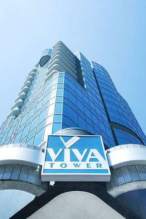 Viva Suites: Exterior