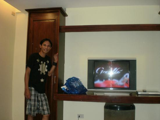 Ong Bun Pension House: With a flat screen tv...